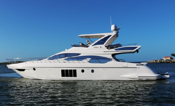 Azimut 64 Flybridge (2013) - Proprio Yacht Canada – Boats for Sale ...
